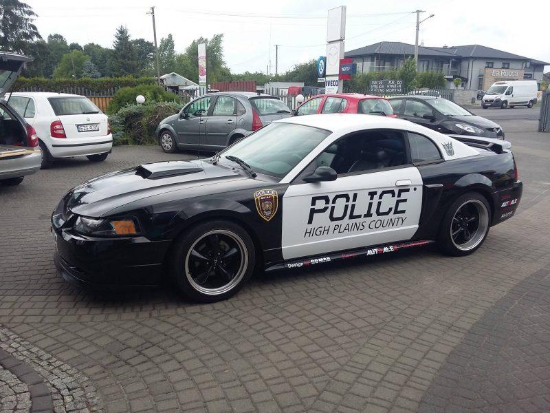 Policyjny Mustang